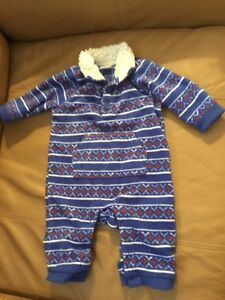 Old Navy 0-3 month