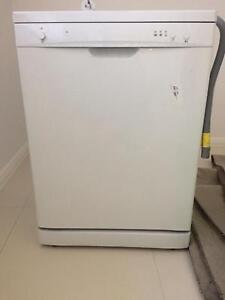Dish washer used for one year for urgent sale Epping Ryde Area Preview