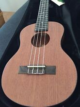 New  tenor ukulele ukulele with Aquila string Nollamara Stirling Area Preview