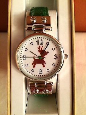 Women's ReinDeer Classic Holiday Theme Green Strap Watch DTL121X NEW