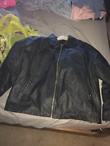 Men's excellent condition leather jacket