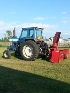 Tracteur Ford 7710