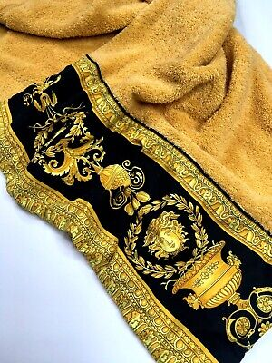 GIANNI VERSACE VINTAGE BAROQUE MEDUSA TOWEL LAP ROBE PILE RUG GOLD BLACK ITALY