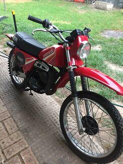 Suzuki er 185