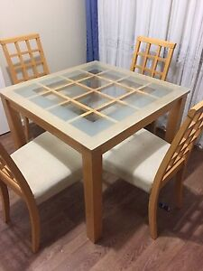 Dining table Holden Hill Tea Tree Gully Area Preview