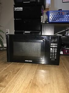 Black and decker microwave