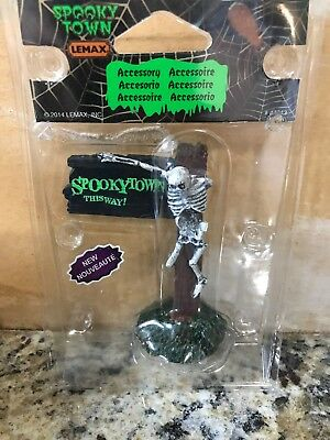New Lemax Spooky Town Spookytown This Way! #44743 Halloween Decoration