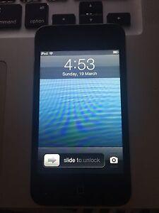 iPod 4 touch 8GB Craigieburn Hume Area Preview