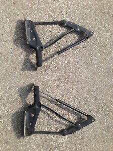 Dodge Viper gen 3 rear tailgate hinges left and right