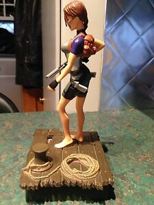 Tomb Raider Collectable Figure Kitchener / Waterloo Kitchener Area image 2
