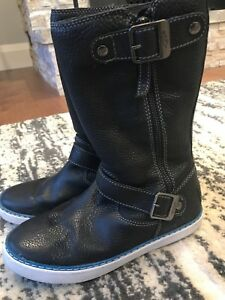 UGG boots - size 7.5 - women's - like NEW!