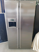 Stainless Steele Fridge Narre Warren South Casey Area Preview