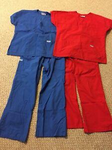 Nursing Scrubs MOBB  Size XS
