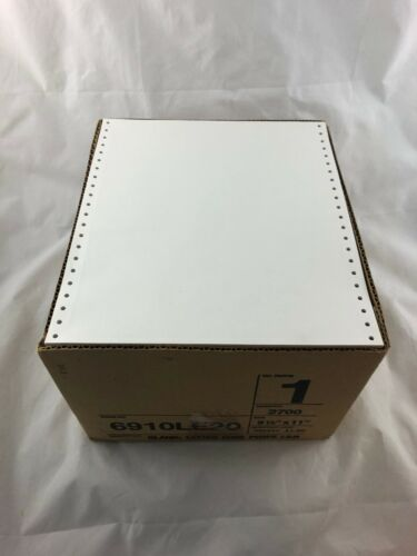 200 Sheets - Printer - Continuous feed - Dot Matrix - Paper - Perforated  9.5x11