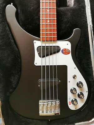 BRAND NEW RICKENBACKER 4003S5 MATTE BLACK BASS. Free shipping with Bank transfer