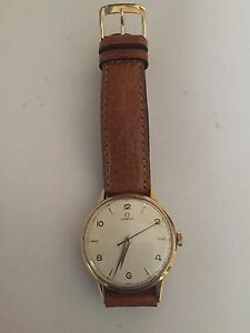 Vintage 18k gold omega  watch