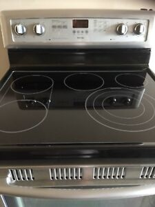30 inch Maytag Stainless steel electric range