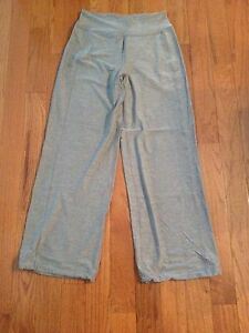 NWOT Lululemon pants / bottoms - wide leg - sz 10