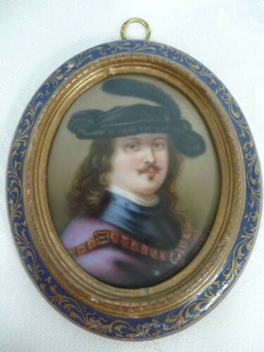 ANTIQUE ITALIAN HAND PAINTED PORTRAIT ON PORCELAIN IN WOOD FRAME - REMBRANDT