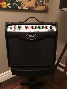 PEAVEY VYPYR1 amplifier