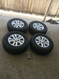 Landcruiser 200 Series Wheels and Tyres x 4