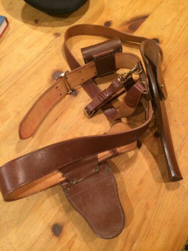 VINTAGE GUN HOLSTER