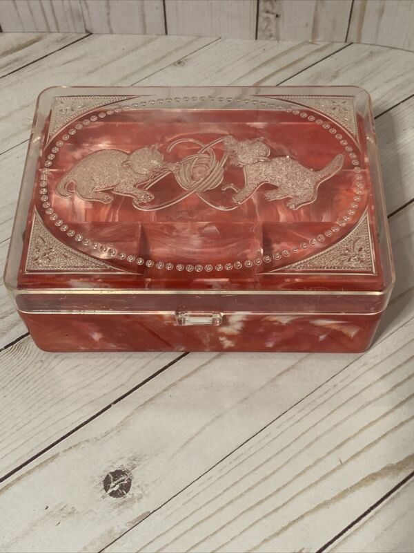 Vintage 1950s Hommer Kittens Cats Sewing Jewelry Box Red Plastic Nice Condition