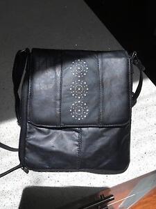 Black leather handbag Floreat Cambridge Area Preview