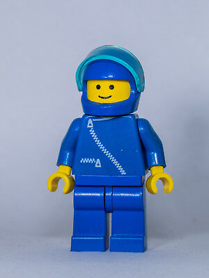 Black Hat 6390 6396 10041 LEGO Minifig cop015 @@ Police Suit with 4 Buttons