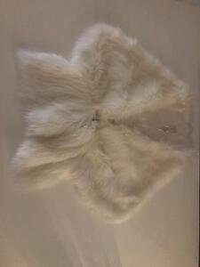 Mr K white fur shawl Eden Hill Bassendean Area Preview