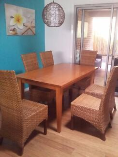 6 Seater Timber Dinning Suite