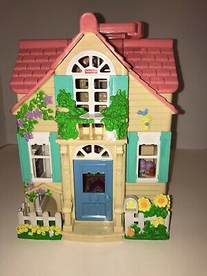 Mattel 2000 Fisher Price Loving Family Sweet Streets Country Cottage Doll House