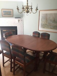 Dining room table and 6 chairs Newmarket