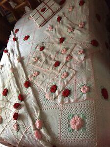 Couvre-lit ensemble en tricot fait à la main
