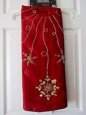CHINESE RED w/ GOLD SNOWFLAKE ACCENT THE CHRISTMAS SHOPPE TREE SKIRT