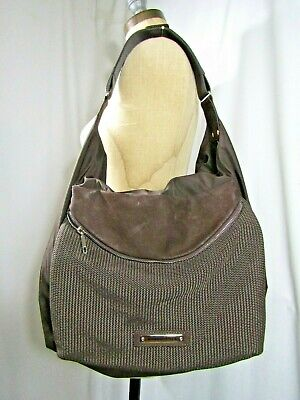 Convertible Schulter Tasche (Mandarina Duck Nylon und Leder Convertible Schultertasche)