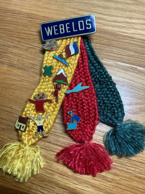 WEBELOS Color Boy Scouts Tri-Colored Ribbons Shoulder Badge With Activity Pins