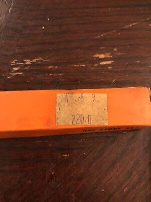 Superior Hone Stone Set A 8-9 220-0
