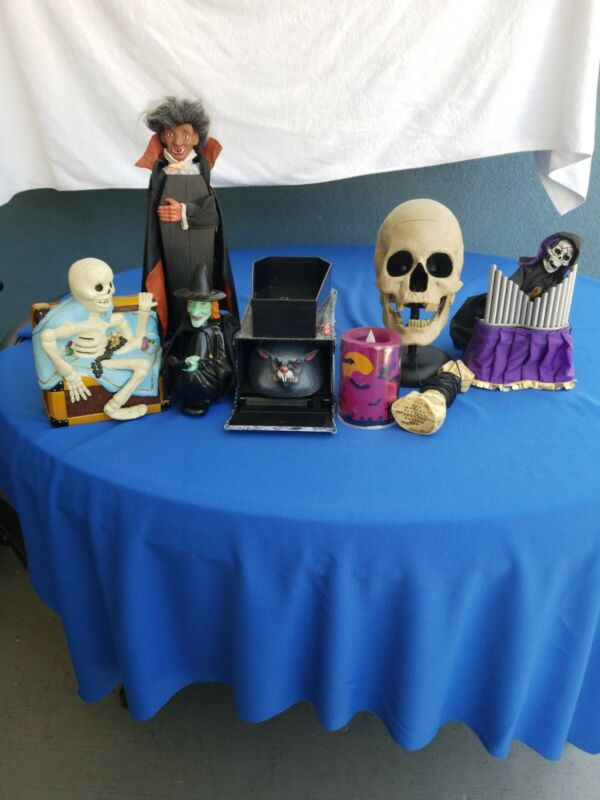 Vintage  Toys Halloween LOT OF 7 WORKING talking skull with  Microphone C photos