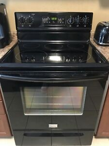 Frigidaire Convection Stove, free delivery