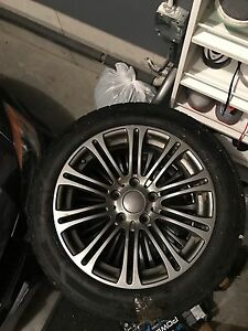 225 50 17 Goodyear Ultragrip Winter tires with BMW rims + TPMS