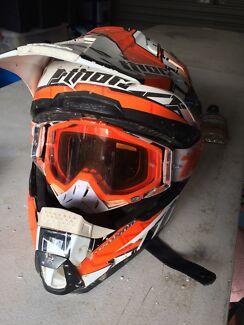 Thor medium helmet + 100% goggles
