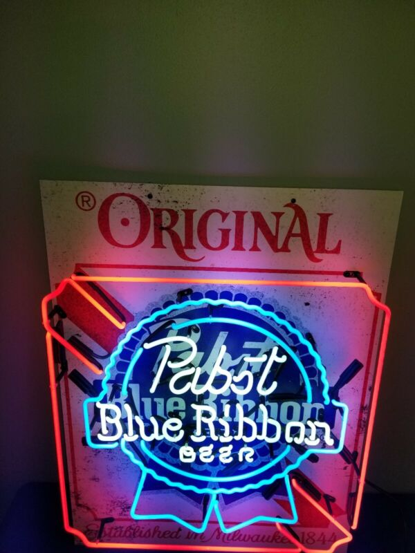Pabst blue ribbon beer neon light up back bar sign PBR game room man cave mib