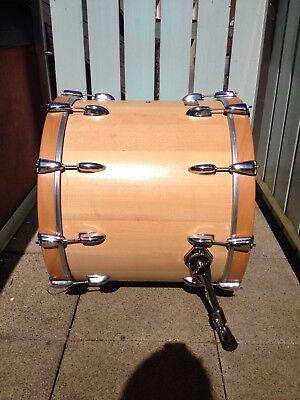 """Troyan Bass Drum 22""""X18"""" Slingerland Hardware mit Pearl Füßen"""