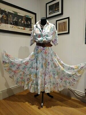 Vintage Indian cotton dress gauze floral full tired skirt 70/80s lined