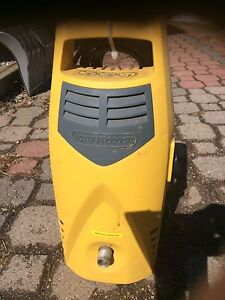 Active products pressure washer