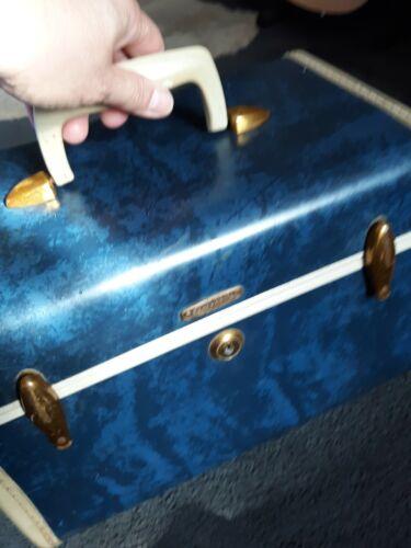 Vintage Blue White Samsonite Shwayder 4712 Cosmetic Train Makeup Hard Case Miror - $25.00