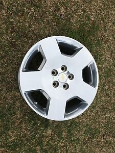 Chev factory rims 18""