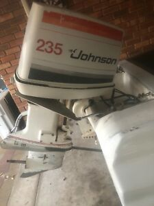 Outboard Johnson 235