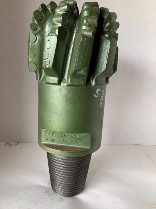 """5 3/4"""" PDC Drill Bit with a 3 1/2"""" Reg. Pin"""